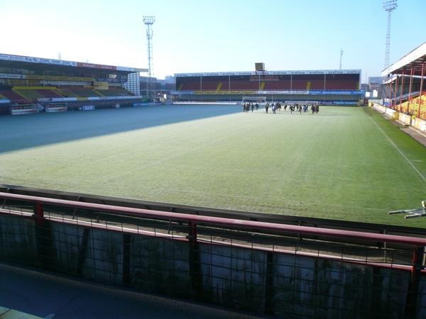 AFAS-stadion Achter de Kazerne image