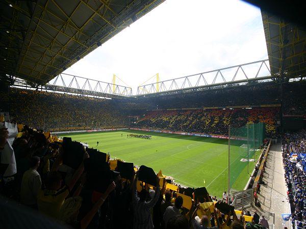 Stadion Rote Erde image