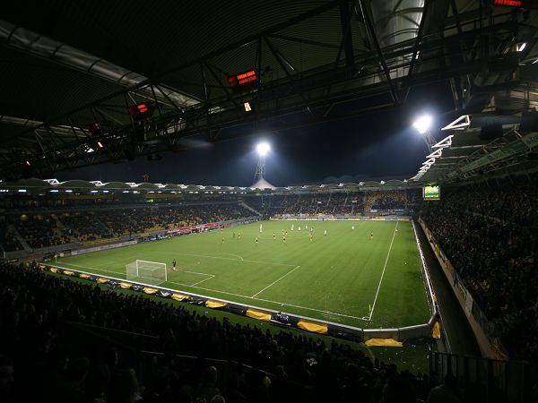 Parkstad Limburg Stadion image